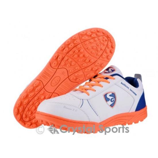 SG Bouncer 2.0 Rubber Cricket Shoes